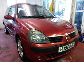 Renault Clio, 2005 (55) Red Hatchback, Manual Petrol, 107,000 miles LONG MOT 3 MONTHS WARRANTY