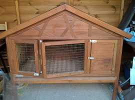 guinea pig/rabbit hutch + accessories