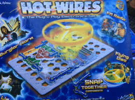 Hot wires electronic game