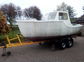 21ft Fibreglass Fishing Boat with Braked Trailer