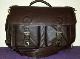 Ashwood briefcase/laptop case.