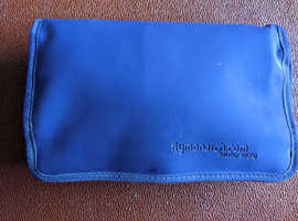 MONARCH AIRLINES WASH TOILETRY BAG FOLDING + SOCKS NOTE PAD SLEEP MASK REFRESHER