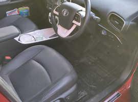 Toyota Prius, 2016 (16) red hatchback, Cvt Hybrid, 17040 miles