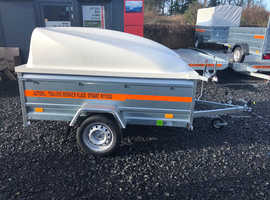 6.7x4.2 single axle trailer with hard top ABS lockable