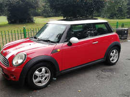 MINI COOPER 1.6L, 2007 REG, LONG MOT, FULL SERVICE HISTORY, NICE SPEC WITH ELECTRIC PANORMIC GLASS ROOF