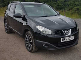 Nissan Qashqai, 2013 (63) Black Hatchback, Manual Diesel, 76,130 miles