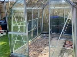 Aluminum & glass greenhouse