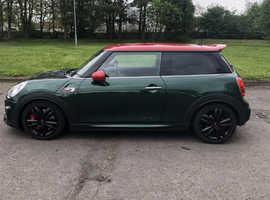 Mini Hatchback, 2015 (15) Green Hatchback, Manual Petrol, 28,543 miles