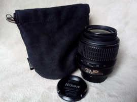 Nikon DX AF-S Nikkor 18-55mm 3.5-5.6
