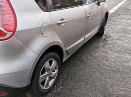 Renault Scenic, 2011 (11) Silver MPV, Manual Petrol, 71,279 miles