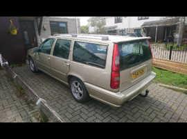 Volvo S/V/C 70, 1999 (T) Cream Estate, Manual Diesel, 214,000 miles