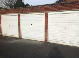 Dry lockup garage for rent central Maidenhead.
