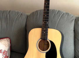 Squier acoustic guitar made by Fender £45