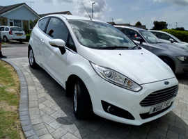 Ford Fiesta, 2016 (16) White Hatchback, Manual Petrol, 16,260 miles