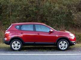 Nissan Qashqai, 2012 (12) Red Hatchback, Manual, Petrol, 28,000 miles, (01443) 831670
