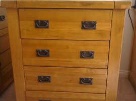 Chest of drawers in dark oak