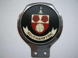 SOUTHAMPTON VINTAGE CAR BADGE