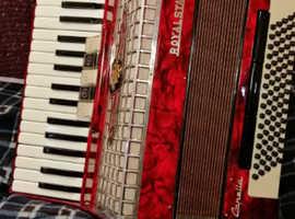 Royalstandard accordion