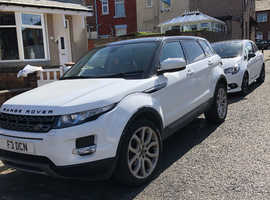 Land Rover Range Rover Evoque, 2013 (13) White Estate, Manual Diesel, 91,393 miles