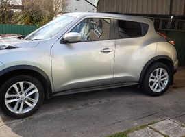 Nissan Juke, 2015 (15) silver hatchback, Manual Petrol, 43,000 miles