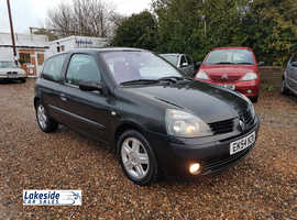 Renault Clio 1.2 Litre 3 Door Hatchback, New MOT With No Advisories, Just Serviced, Low Insurance Group.