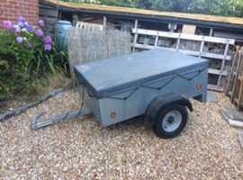 Caddy 535 trailer
