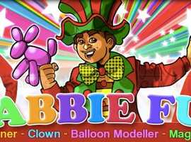 Party MAGICIAN Childrens CLOWN Kids Entertainer MASCOT  balloon modeller hire FACE PAINTERS