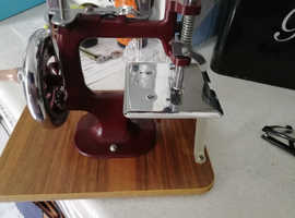 Old hand sewing machine