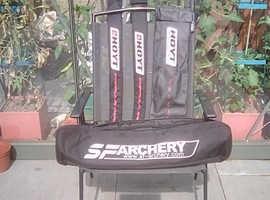 Full set of top quality archery equipment.