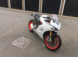 Ducati Supersport s 2017 white cat N