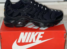 Nike air max Plus Tn triple black Men uk size 10 new boxed trainers £125 no offers