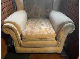 armchair/single sofa