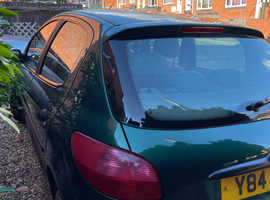 Peugeot 206, 2001 (Y) Green Hatchback, Manual Diesel, 119,232 miles