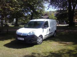 New shape Vauxhall Combo ECOFLEX van really clean, never been a builders van