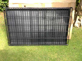 NEW PET CAGE/CRATE