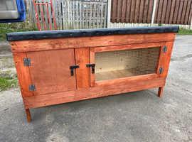 Rabbit/Ferret hutch