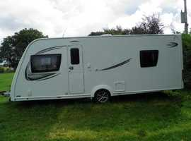 Luxury couples 4 berth with fitted motor mover