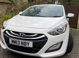 Hyundai i30, 2013 (13) White Hatchback, Automatic Petrol, 30,506 miles