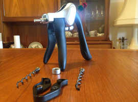 PROFESSIONAL SOMMELIER WINE CORKSCREW AS NEW NEVER BEEN USED PERFECT CONDITION INCLUDES MAIN CARTRIDGE AND SPARE CARTRIDGE OPENS ALL TYPE OF WINE BOTT