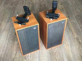 Pair of vintage Wharfdale Linton2 speakers