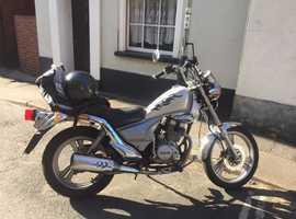 125 cc Bobber, full mot.