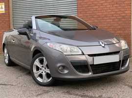 Renault Megane 1.9 DCI 130 Dynamique Tom Tom Convertible Lovely Specification on this Hard Top Diesel Convertible Megane