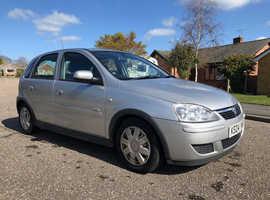 Vauxhall Corsa, 2004 (04) Silver Hatchback, Manual Petrol, 130,000 miles MOT JULY '19
