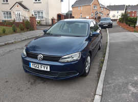 Volkswagen Jetta, 1.6 tdi Bluemotion 2012 (12) Blue Saloon, Manual Diesel,