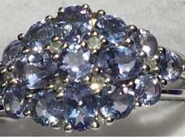 Ladies Jewellery 9ct White Gold Diamond & Purple Tanzanite Ring Fully Hallmarked 375 0.15ct.