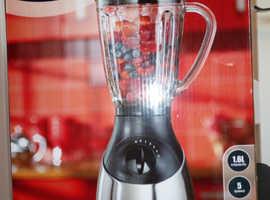 Blender with glass jug