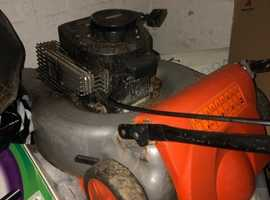 Petrol lawnmower like honda lawnmower Flymo