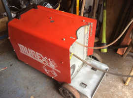 Mig welding machine Murax Tradesmig 303 professional heavy duty industrial machine