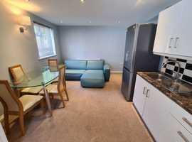 2 Bedroom flat to rent in Edgware, London
