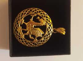 9 carat gold welsh dragon pendant